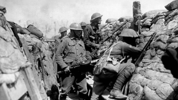 first world war essay ideas